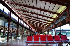 Jakarta is serviced by Soekarno Hatta International airport, located about an hour driving (20 jampacked kilometers) from central Jakarta. Somewhat surprisingly, Sukarno Hatta is one of the best on-time airports in the world (coming second in 2009)!