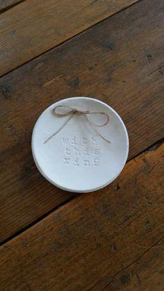 VENTE!!! Anneau porteur bol ~ anneau plat ~ argile anneau plat ~ avec cette bague