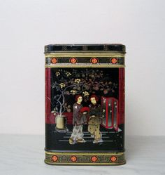 Vintage Asian Tea Tin // Vintage Black, Red and Gold Tea Tin // by Suite22 on Etsy // $7.00