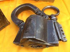 Rarität Vorhängeschloss +Schlüssel XVI 100% Original Schmiedeeisen 1520/1550