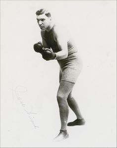 "Jess Willard (December 29, 1881 – December 15, 1968) was a world heavyweight boxing champion.[2][3] He won the heavyweight title from Jack Johnson in April 1915 (earning the nickname ""The Great White Hope"") and lost it to Jack Dempsey in July 1919.  At 6 ft 6 1⁄2 in (1.99 m) and 235 lb (107 kg), Willard was the tallest and the largest heavyweight champion in boxing history, until the 270 pounds (120 kg) Primo Carnera won the title on June 29, 1933, and the 6 ft 8 in (2.03 m) Vitali Klitschko..."