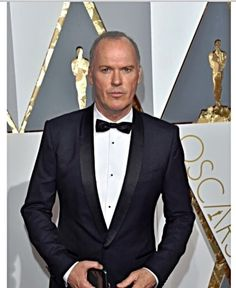 TALK OF THE TOWN By Orikinla: Michael Keaton To Play Stan Hurley In AMERICAN ASS...