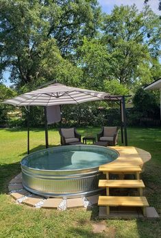 Small Backyard Pools, Diy Pool, Swimming Pools Backyard, Backyard Patio, Backyard Landscaping, Lap Pools, Indoor Pools, Small Pools, Stock Pools