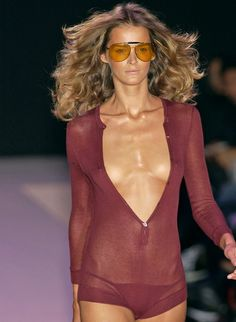 carmen kass at gucci s/s 2002