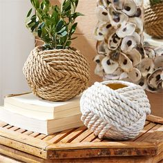 great coffee Part of making a house a home is adding things you love. Create a breezy coastal vignette on a coffee table or bookshelf with this handmade rope vase. This Knotted Rope Vase Twine Crafts, Rope Crafts, Diy Home Crafts, Monkey Fist Knot, Rope Decor, Rope Basket, Handmade Home Decor, Plant Hanger, Crafty