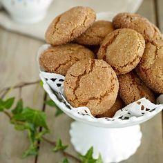 Spröda småkakor som får mycket smak av malen ingefära.