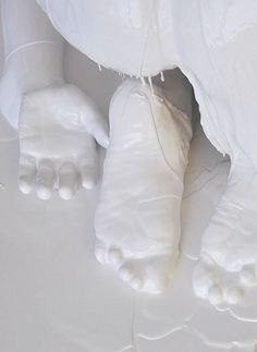 Folding Girl   -  2010   -   Lucy Glendinning  -   http://www.lucyglendinning.com/work/sculpture/folding_girl.html#