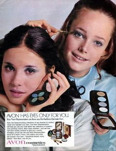 AVON Eye Makeup helps you make a statement with eyes that entice. From mascara to eyeshadow, eye liner to brow pencils, shop all your beauty needs. Vintage Makeup Ads, Retro Makeup, Vintage Avon, Vintage Beauty, Retro Vintage, Eye Makeup, Vintage Items, Vintage Woman, Retro Ads