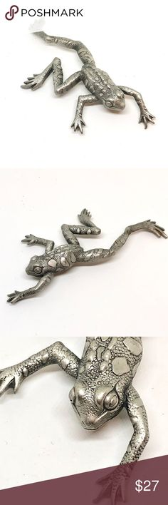 """Jumping Frog Brooch JJ Jonette True vintage jumping frog brooch pin. Brooch is silver tone metal. Frog has texture on the skin, spots, and ridges on the back. Very realistic. Signed """"JJ"""" for JJ Jonette. No stamp. 4"""" tall at tallest point and 2"""" wide at widest point. Excellent vintage condition. Vintage Jewelry Brooches"""