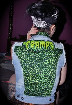 The Cramps! I love this band!!!