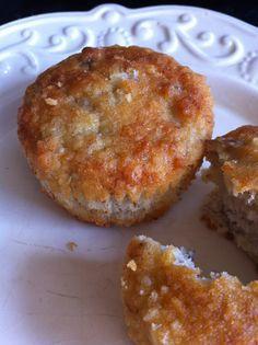 Breakfast muffins: 1 ripe banana, 2 eggs, 1/4c coconut oil, 3/4c almond flour, 1/4c shredded unsweet coconut, 2 tbs honey 1 tsp baking powder. Bake at 320 degrees F, for 18-20 min