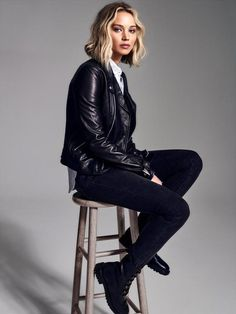 jennifer lawrence outfits best outfits - Page 11 of 101 - Celebrity Style and Fashion Trends Rock Style, My Style, Rock Chic, Glam Rock, Le Style Jennifer Lawrence, Jennifer Lawrence Photoshoot, Jennfer Lawrence, New Haircuts, Girl Crushes