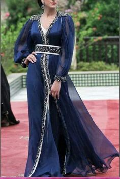 Navy Blue Chiffon Long Sleeves Moroccan Caftan Kaftan Muslim Dubai Evening Dress 2017 Vestidos longo V-Neck Formal Prom Dresses Hari Raya -- AliExpress Affiliate's Pin. Locate the AliExpress offer simply by clicking the image Morrocan Dress, Moroccan Caftan, Kaftan Abaya, Caftan Dress, Look Formal, Formal Prom, Formal Dress, Oriental Dress, Arabic Dress
