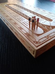 Cnc Projects, Woodworking Projects, Weather Crafts, Wood Craft Patterns, Michaels Craft, Wood Games, Cribbage Board, Chip Carving, Wood Carving Designs