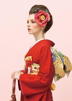 赤い着物が素敵♡
