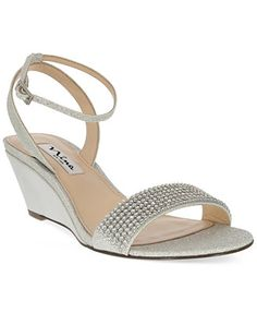 Ordered these waiting for them to come in.  Hope they are comfortable. Nina Noely Mid-Wedge Evening Sandals