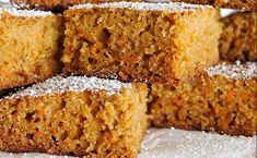 I've never met a carrot cake I didn't like. The husband has never met a cake he didn't like. I'd largely agree with him :) But there's just something about carrot cake… Photo Food, Baked Squash, Healthy Carrot Cakes, Sugar Cake, English Food, Polish Recipes, Cake With Cream Cheese, Pumpkin Bread, Vegan Baking