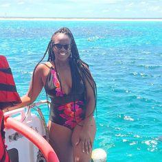 Loving this sunshine!!  #Ready to hit the water!! Michaelmas Cay and Hastings Reef today! #travellingbuddiestakeaustralia #travelnoire #travelgram #travelnoire #aussie #Australia #greatbarrierreef #bluewaters #snorkeling #quadrihoneymoon #quadrisinstrayla #downunder #summer #sunnydays #sunshine #summerinaustralia by malifeisbeautiful http://ift.tt/1UokkV2