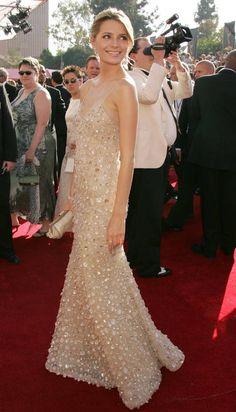 Reminding Oscar de la Renta, Mischa Barton, 57th Annual Emmy Awards, 2005