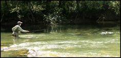 Mon fils en action sur la rivière d'Ain.