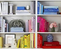 ColorCoded Ordenado Por Color Styling Bookshelves Bookcases Bookshelf Design Arranging