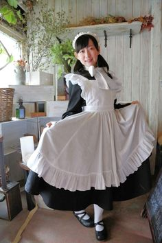 タンブラーを活用してメイドさんを盛り上げたい!仲間&協力店舗さん募集中。 Maid Outfit, Maid Dress, Cute Fashion, Fashion Outfits, Maid Cosplay, Maid Uniform, Sissy Maid, Cute Girl Outfits, Lolita Dress