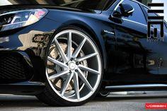 The 2014 Mercedes Benz S63 with Vossen 22″ CVT wheels