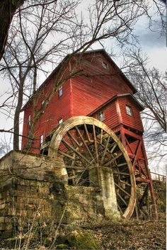 Topaz Mill is in Douglas County, Missouri   This is a beautiful place.  I have been here many times and hope to go many more.      KAT