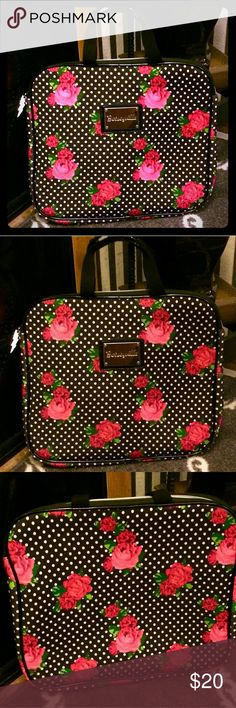 Betsey Johnson Red Rose Polka Dot Laptop bag PRE OWNED.  Excellent condition. No holes or stains inside her clean with a mesh pocket on 1 side . Thus is a laptop bag but I useddvit for holding my make up brushes Betsey Johnson Bags Cosmetic Bags & Cases