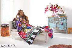 Melli Mello Luxurious Fleeceplaids.