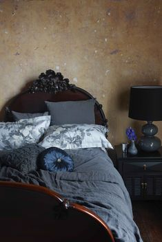 Country bedroom ideas 9 crazy good country bedroom ideas home beautiful magazine french country cottage bedroom ideas Country Style Bathrooms, Country Style Curtains, French Country Bedrooms, French Country Cottage, French Country Style, French Country Decorating, Country Kitchen, Cottage Style, Cooler Style