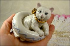 Beautiful Vintage White Porcelain Cat in by TinyandBeautiful