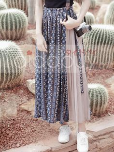 Dresses you definitely need to add in your outfit Muslim Fashion, Modest Fashion, Skirt Fashion, Hijab Fashion, Korean Fashion, Fashion Dresses, Look Fashion, Womens Fashion, Fashion Design