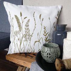Vankúš trávy - olivovo zelená