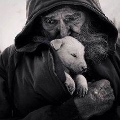 """Kindness in words creates confidence. Kindness in thinking creates profoundness. Kindness in giving creates love"" — Lao Tzu Animals And Pets, Cute Animals, Strange Animals, Outdoor Fotografie, Foto Picture, Kindness Matters, Kindness Quotes, Compassion Quotes, Mundo Animal"