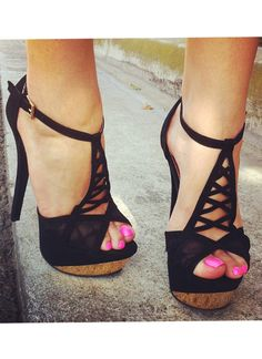 Crisscross Lace Inset Platform Heels on Chiq