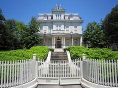 Glen Auburn Mansion - Natchez, Mississippi. Built 1875.