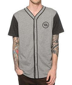 RVCA // Fleece baseball jersey made with a regular fit and a VA circle embroidery at the left chest.