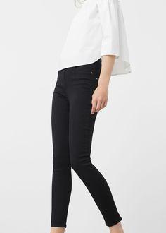 Jeans skinny Noa (preto): MANGO (19,99€)