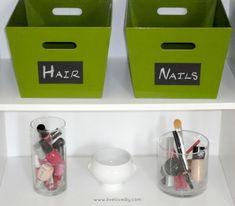 Organizing with DIY Chalk Labels Do It Yourself Organization, Organizing Your Home, Organizing Solutions, Organizing Ideas, Organising, Storage Solutions, Organization Station, Life Organization, Bathroom Organization