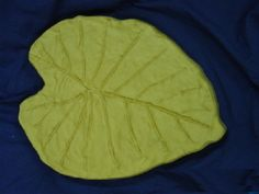 """Oak leaves  leaf stepping stone mold 1//8th/"""" abs plastic"""
