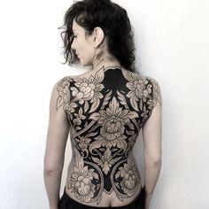 Tattoos, awesome tattoos, back tattoo women full, full back tattoos, full b Back Tattoo Women Full, Full Back Tattoos, Body Art Tattoos, Sleeve Tattoos, Feminine Back Tattoos, Tatoos, Floral Back Tattoos, Tattoo Sleeves, Tattoo Crane