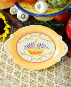 Pistoulet small platter... even for wall hanging. Platter, Table Linens, Cutlery, Kitchenware, Stoneware, Kitchen Decor, Kitchen Dining, Dinnerware, Decorative Plates