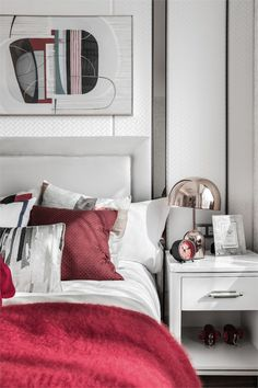 22 Bedroom Designs by some of the best interior designers in the world, conceptually and flawlessly thought and executed Modern Master Bedroom, Master Bedroom Design, Bedroom Bed, Contemporary Bedroom, Bedroom Decor, Master Bedrooms, Girl Bedroom Designs, Luxurious Bedrooms, Luxury Bedrooms