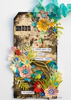 Layers of ink - Flower Power Tag Tutorial by Anna-Karin Evaldsson