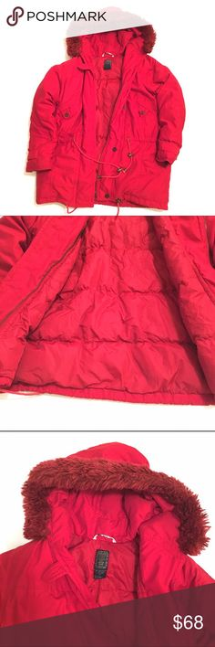 Vintage! 1996 The Limited Too down coat. Vintage! 1996 The Limited Too down coat. Red. Size 14 girls but it will fit a small or medium in women's. I'm a small and it fits Large on me. I bought this in 1996 and it has no flaws. Great warm coat!!! The Limited Jackets & Coats Puffers
