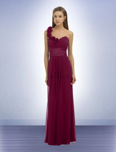 Beautiful one shoulder chiffon dress, perfect for any body type!