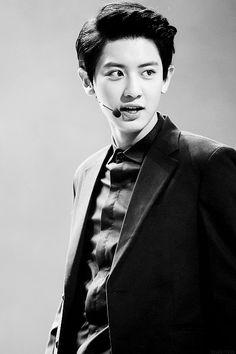 EXO | Chanyeol | Black & White | Singing | Suit