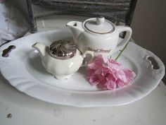http://www.ebay.de/itm/SCHONE-ALTE-SERVIER-PLATTE-WEISS-Franske-Shabby-JDL-Frankreich-belle-blanc-/221460411700?nma=true