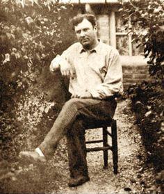 Eugène Atget, ca 1890 -- Unknown Maurice Utrillo, Maurice De Vlaminck, Paris 1900, Old Paris, Georges Braque, Man Ray, Eugene Atget, Australian Painters, Berenice Abbott